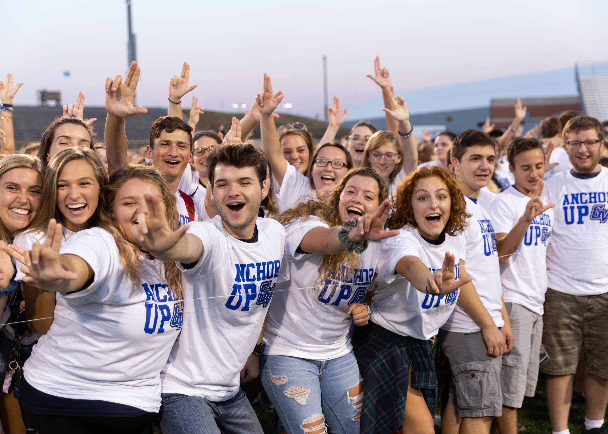 Students wearing matching t-shirts at the 2018 Class Photo.